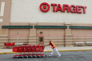 1218-TARGET-CORP-CREDIT-CARD-DATA-STOLEN_full_600